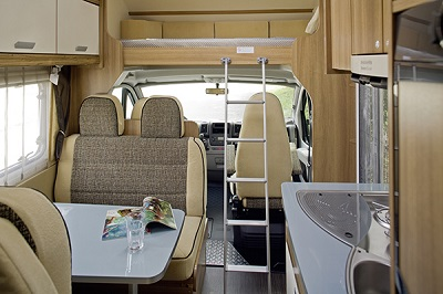 family-luxury-cabin-motorhome-hire